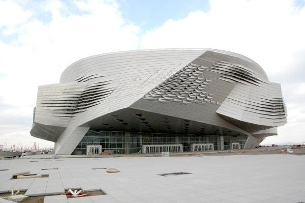 大连国际会议中心是目前世界最复杂建筑之一